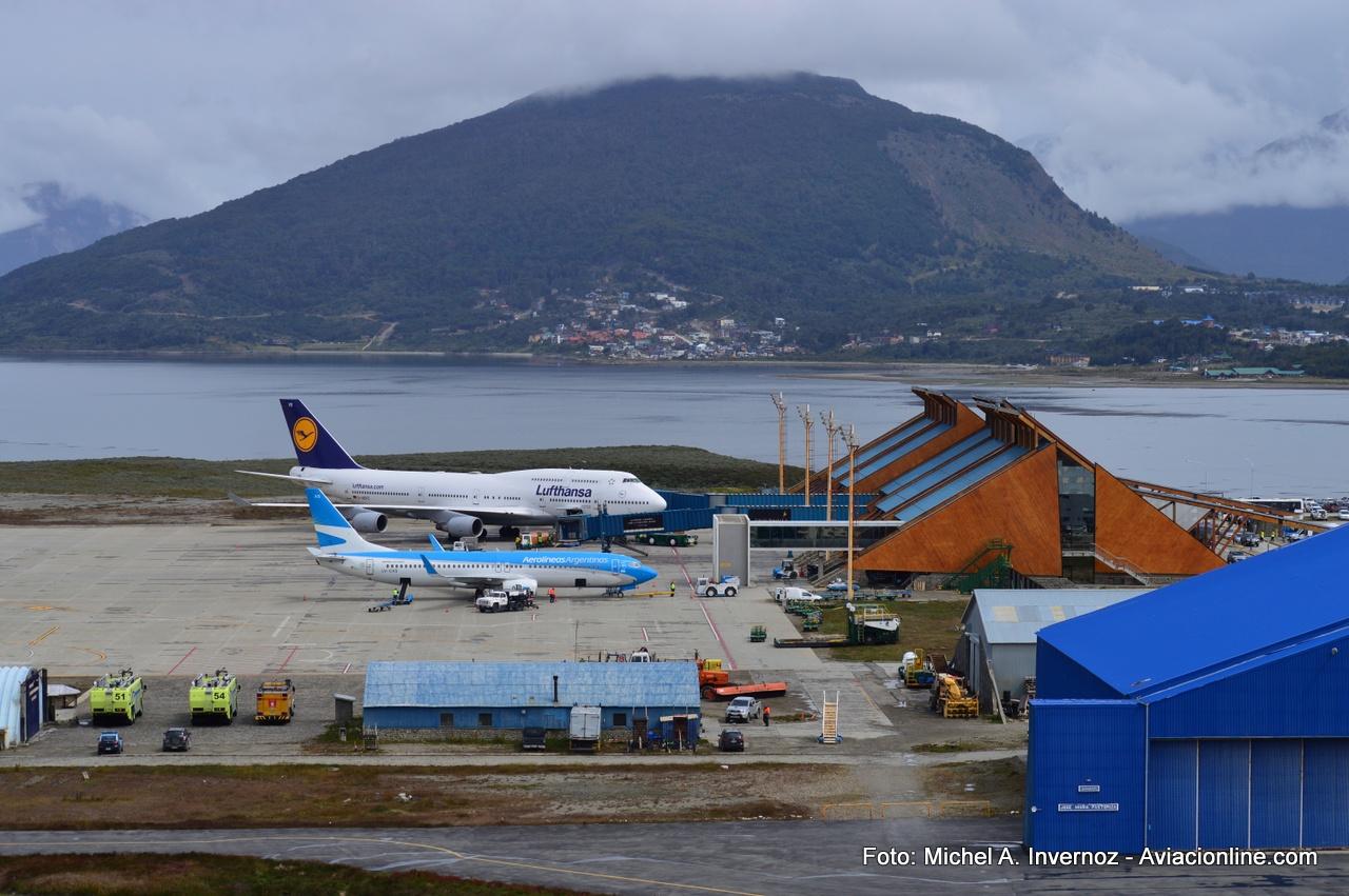 Aeroporto Ushuaia : Fotogalería boeing de lufthansa en el aeropuerto