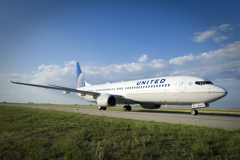 United Airlines - Boeing 737-900